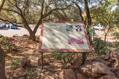 Informationsbrett, für Piet Retief Monument bei Voortrekker M lizenzfreies stockbild