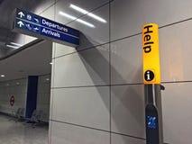 Informazioni del contrassegno dell'aeroporto Fotografie Stock Libere da Diritti