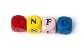 Informazioni di parola sui cubi di legno multicolori Immagini Stock
