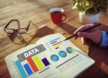 Informazioni di statistiche del modello di prestazione del grafico di analisi dei dati di dati Fotografie Stock
