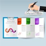 Informe anual de papel da prancheta para o projeto infographic c do negócio Imagem de Stock Royalty Free