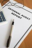 Informe de auditoría interno Fotografía de archivo libre de regalías