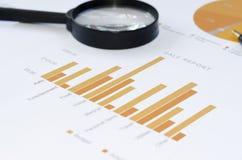 Informe del gráfico de negocio fotos de archivo libres de regalías