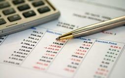 Informe financiero Imágenes de archivo libres de regalías
