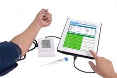 Informe médico electrónico Imágenes de archivo libres de regalías