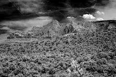 Infraröda Sedona Arizona berg Royaltyfria Bilder