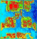 Infrarode dichte omhooggaand van de kringsraad met microchips royalty-vrije stock afbeelding