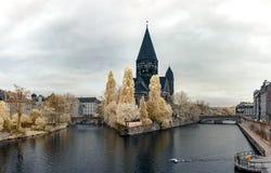 Infrarood panorama van middeleeuwse kathedraal in Metz Stock Foto