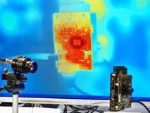 Infrarotkamera und Monitor lizenzfreies stockbild