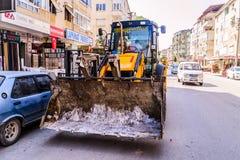 Infrastruktur arbetar i turkisk stad Arkivbild