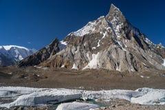 Infuła szczyt przy Concordia obozem, K2 wędrówka, Pakistan fotografia royalty free