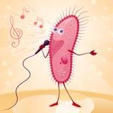 Infusorian met de microfoon in een hand zingt op het stadium Royalty-vrije Stock Afbeelding