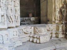 Ingång av den forntida templet Royaltyfri Bild