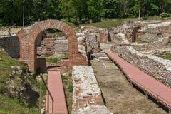 Ingång av det roman badet i forntida Diocletianopolis, stad av Hisarya, Bulgarien Arkivbilder