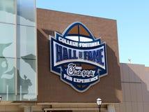 Ingång av högskolafotbollen Hall av berömmelse som bygger Atlanta Royaltyfri Fotografi
