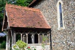 Ingång för församlingkyrka Arkivfoto