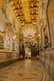 Ingång för helgonIgnatius de Loyola grotta Arkivfoto