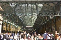 Ingång för marknad för Covent trädgård i London Arkivfoto