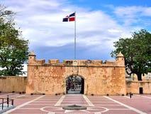 Ingång för västra sida den koloniala staden av Santo Domingo Royaltyfri Foto