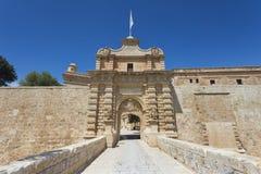 Ingång till den forntida maltesiska huvudstaden av Mdina Arkivbilder