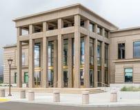 Ingång till den Lassen County domstolsbyggnaden i Susanville Kalifornien Royaltyfri Fotografi