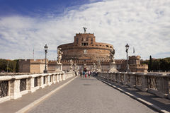 Ingång till den Sant Angelos slotten i Rome Royaltyfri Fotografi