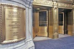 Ingång till den Wrigley byggnaden, Chicago, Illinois royaltyfri bild