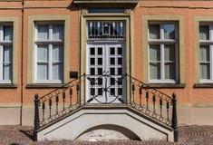 Ingång till ett historiskt hus i Warendorf Arkivfoton
