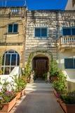 Ingång till houseinen Malta Royaltyfria Bilder