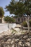 Ingång till kloster på Aptera, Kreta Arkivfoton