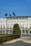 Ingång till presidentpalatset i Warszawa, Polen Arkivfoto