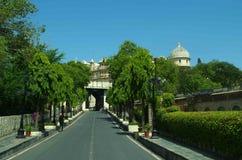 Ingång till stadsslotten Udaipur Arkivbild