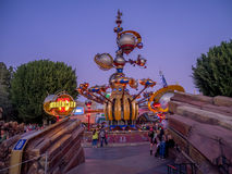 Ingång till Tomorrowland på Disneyland royaltyfria foton