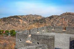 Ingång till watchtoweren av den stora Kina väggen Royaltyfria Bilder