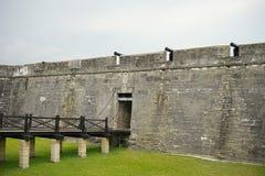 Ingången av fortet Castillo de San Marcos Arkivbilder