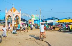 Ingången till den Negombo fiskmarknaden royaltyfri fotografi