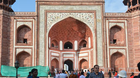 Ingångsport av Taj Mahal Agra India Fotografering för Bildbyråer