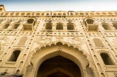 Ingångsport till Bara Imambara lucknow Indien Royaltyfri Foto