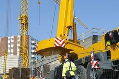 Ingénieur, grue et construction-site image stock