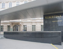 Ingang aan de galerij van Albertina royalty-vrije stock afbeelding