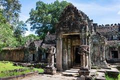 ingang aan de oude tempel van Preah Khan, Kambodja royalty-vrije stock afbeeldingen