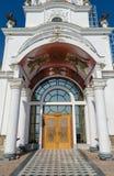 Ingang aan de tempel-Vuurtoren St. Nicholas van Myra in vi stock foto's