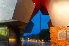 Ingang aan de vesting van Brest bij nacht, Wit-Rusland Royalty-vrije Stock Afbeelding
