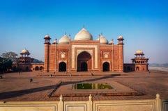 Ingang aan een moskee royalty-vrije stock afbeelding