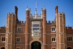 Ingang aan het Hampton Court, het UK royalty-vrije stock foto