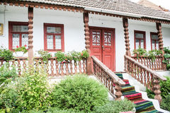 Ingang aan het huis in het dorp. Royalty-vrije Stock Foto's