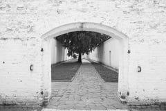 Ingang aan het kasteel stock fotografie