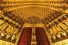 Ingang aan Kathedraal van Onze Dame van Amiens Royalty-vrije Stock Foto