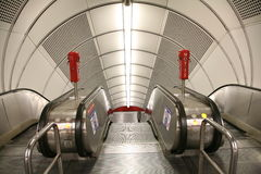 Ingang aan metro 2 Stock Afbeeldingen