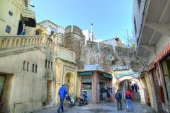 Ingang aan oude Medina in Tanger Stock Fotografie